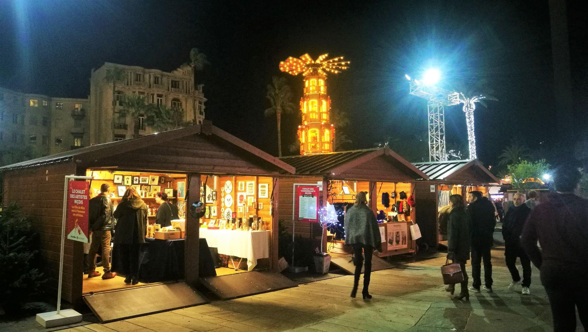 Chalet de Noël en bois Avignon