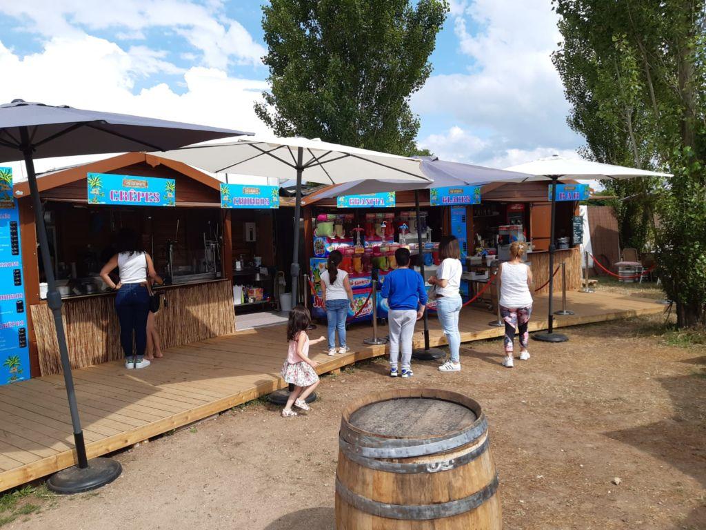 Location de chalets de vente en bois pour restauration rapide sur base de loisirs