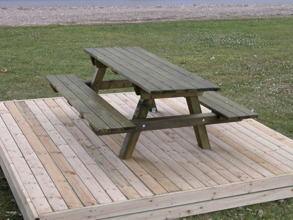 Table de pique nique en bois fabricant Alsace