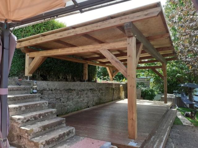 structure pergola couverte sur mesure en bois traité autoclave